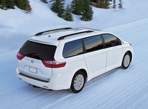 Exterior of the 2017 Toyota Sienna