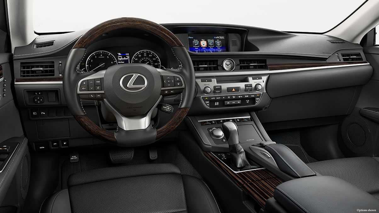 A Well-Equipped Interior is a Staple of the 2017 ES 350.