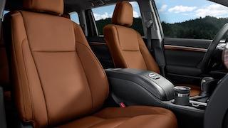 2017 Toyota Highlander Hybrid XLE interior