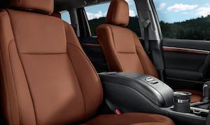 2017 Toyota Highlander cabin