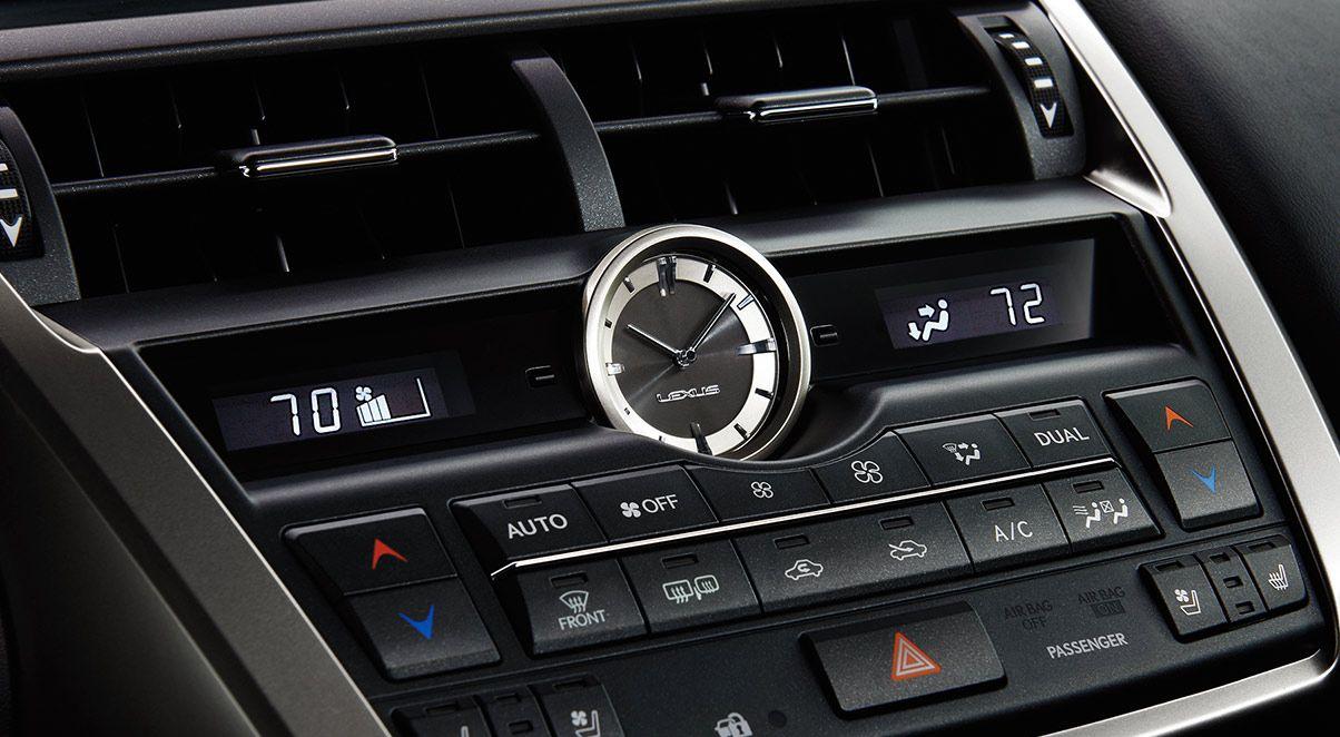 Lexus NX 200t Dual-Zone Climate Control