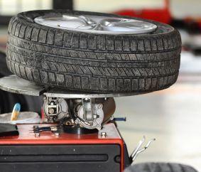 Tire Rotation Service in Waipahu, HI